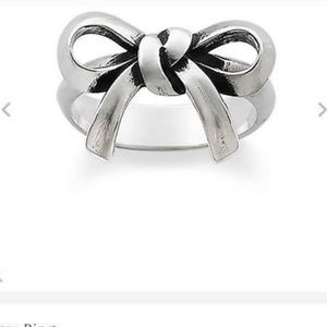 Retired Bow James Avery ring